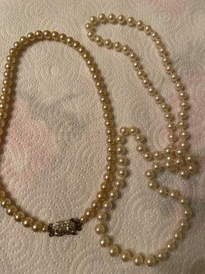 Collana di perle crema-bianco