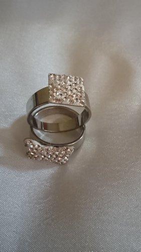 2 Ringe mit glitzer Gr.16 und 18