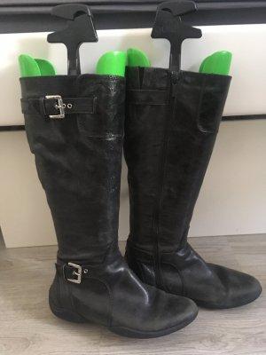 2 Stiefeln für 14€