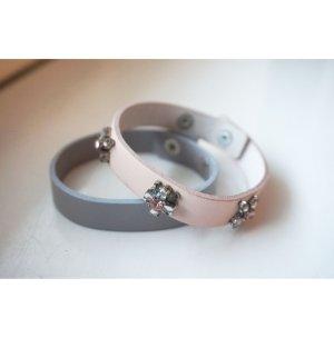 2 Stk. Echtleder Armbänder rosa/ grau NEU