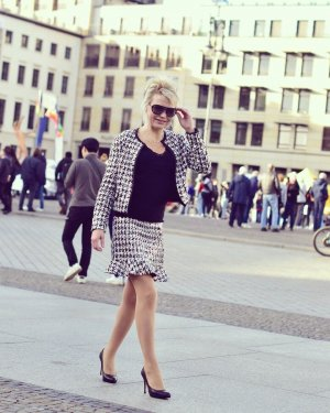 Altamira Milano Tailleur blanc-noir