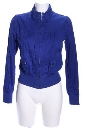 Blusón azul look casual