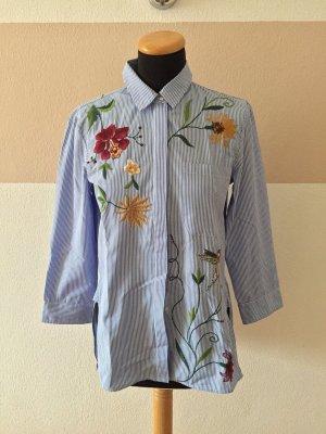 21011605 Blau weiß Streifen Stickerei Bluse von Zara, Gr. S (NEU)