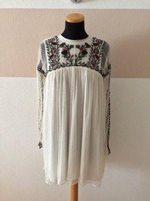 21012403 Weißes Netz Stickerei Kleid von Zara, Gr. XS (NEU)