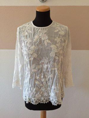 21102002 Weiße Stickerei Shirt Bluse von Zara, Gr. M
