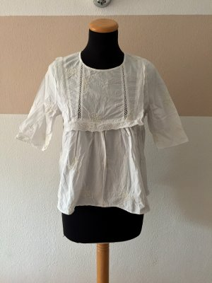 21102004 Weiße Stickerei Baumwoll Bluse von Zara, Gr. M
