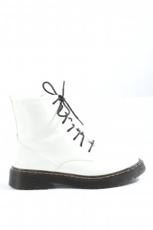 24Colours Desert Boots white casual look