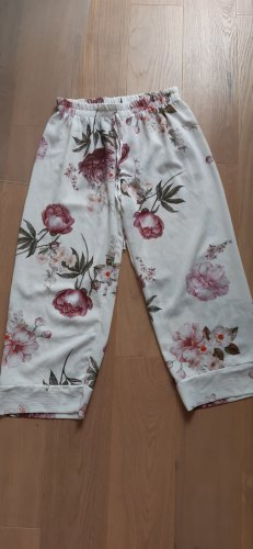 new collection Pantalone a 3/4 bianco