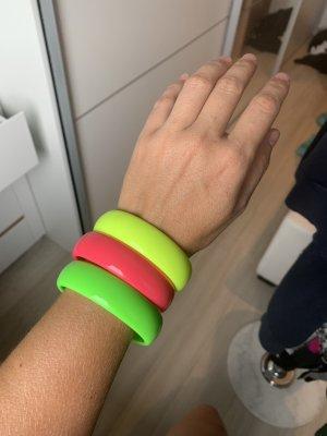 3 Armreifen in Neonfarben
