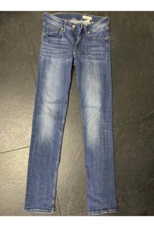 3 verschiedene Jeans