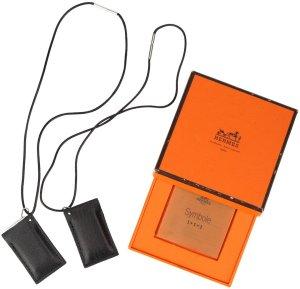 34704 Hermès Halskette mit Anhänger Symbol Motiv 2000 aus Metall in der Farbe Silber