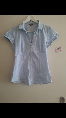 36-38 Hemd kurzärmelig hellblau