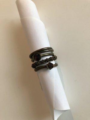 4 unterschiedliche Ringe