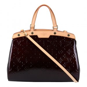 40933 LOUIS VUITTON BREA MM HENKELTASCHE AUS MONOGRAM VERNIS LEDER IN AMARANTE