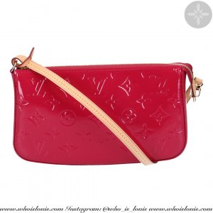 42593 LOUIS VUITTON POCHETTE ACCESSOIRES NM CLUTCH AUS MONOGRAM VERNIS LEDER IN INDIAN ROSE