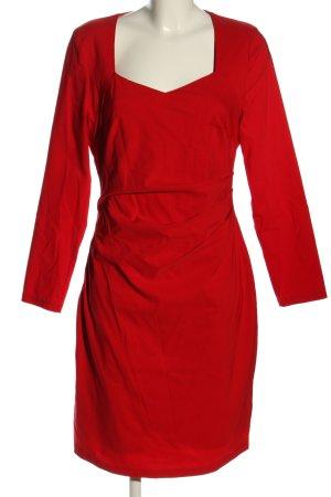 4F Robe stretch rouge élégant