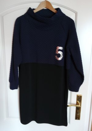 5 Preview Longsleeve Dress black-blue