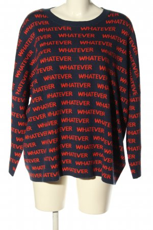 5 Preview Oversized trui blauw-rood gedrukte letters casual uitstraling