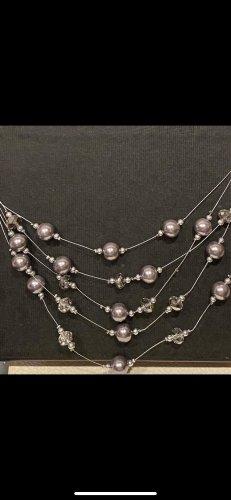 Collier de perles argenté-violet