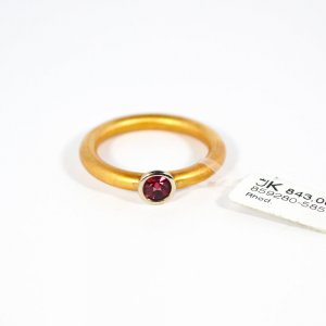 585 Gelbgold Ring mit 1 Rhodolith. Gr.52 UVP 843,00€ Made in Germany