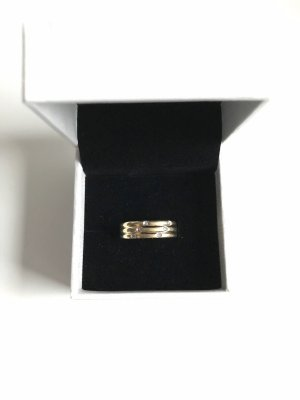 Złoty pierścionek złoto-biały