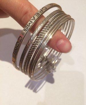 7 Armreifen in Silber, Modeschmuck