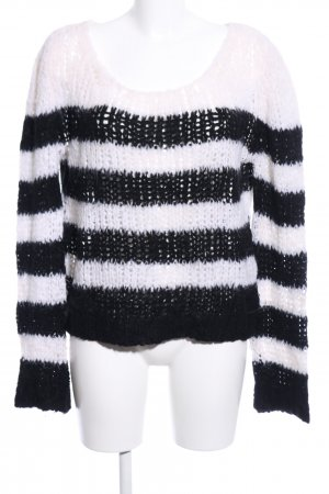 81hours Coarse Knitted Sweater white-black striped pattern casual look