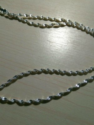 Silver Chain white