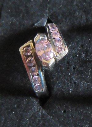 925 Silberring mit roséfarbenen Steinen