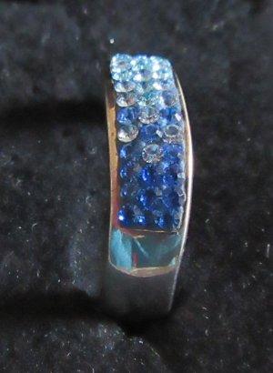 925 Silberring mit verschieden blauen Steinen