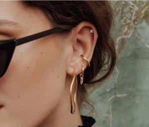 Ear Hoops sand brown