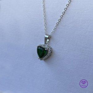♈️ 925 Sterlingsilber Halskette mit grünem Kristall
