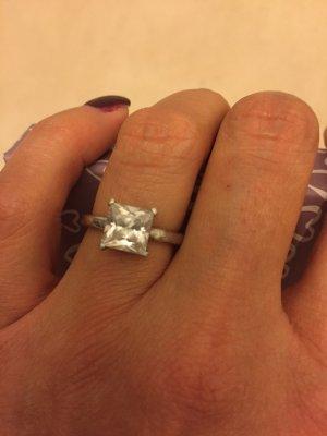 925er Silber-Ring mit  Zirkonia Größe 6