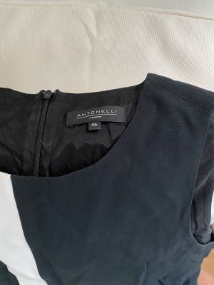 Antonelli Firenze Sukienka o kroju litery A czarny-w kolorze białej wełny