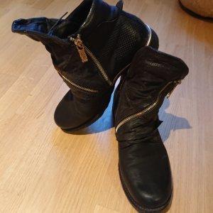 A.S.98 Escarpins à lacets noir