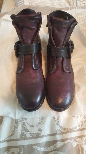 A.S.98 Bottes à talon violet foncé