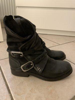 A.S.98 Borceguíes negro