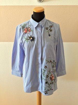 A21031005 Blau weiß Stickerei Bluse von Zara, Gr. L (NEUw.)