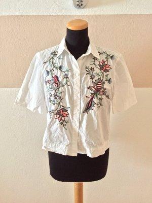 A21031208 Weiße Blumenstickerei Hemd Bluse von Zara, Gr. S