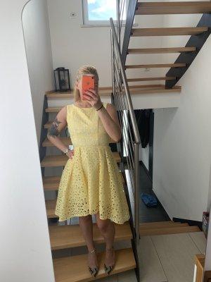 Chi Chi London Suknia wieczorowa żółty