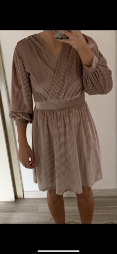 / Robe de bal or rose