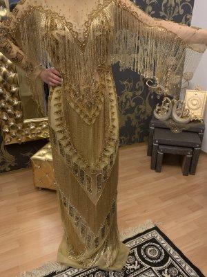 Abendkleid in Gold mit tasseln