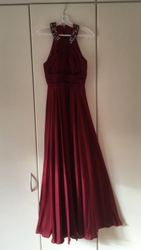Abendkleid May Queen 32- neu gereingt