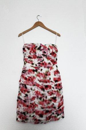 Abendkleid mit abstraktem Blumenprint