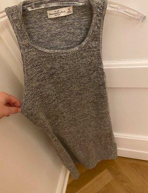 Abercrombie and Fitch, figurbetontes Kleid mit Rücken Cutout, Größe M