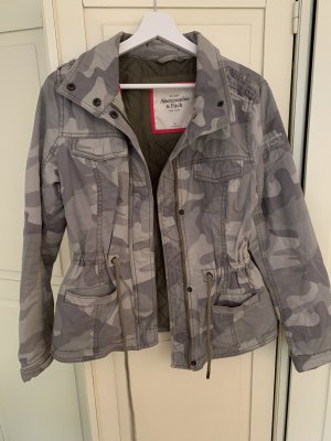 Abercrombie & Fitch Camouflage Jacke