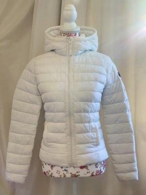 Abercrombie & Fitch Kurtka zimowa biały-ciemnoniebieski