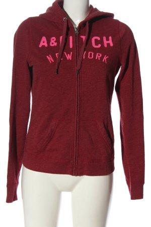 Abercrombie & Fitch Kapuzensweatshirt rot Schriftzug gestickt sportlicher Stil