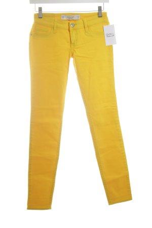 Abercrombie & Fitch Vaquero skinny amarillo look casual