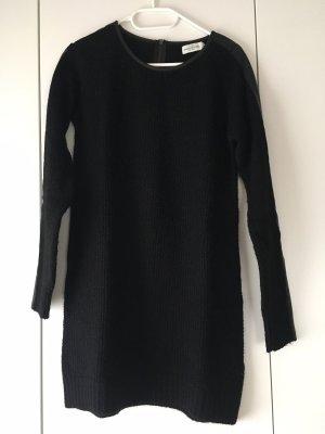 COS Suéter negro